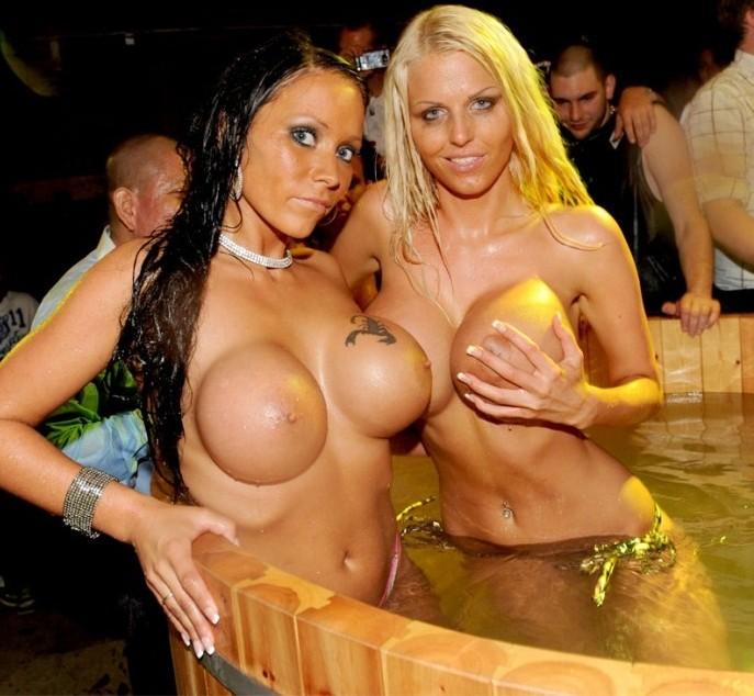 big_boobs_whores_14