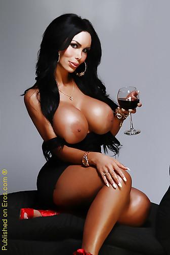 sexy_busty_girl_079