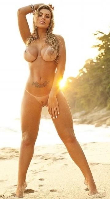 sexy_busty_girl_108