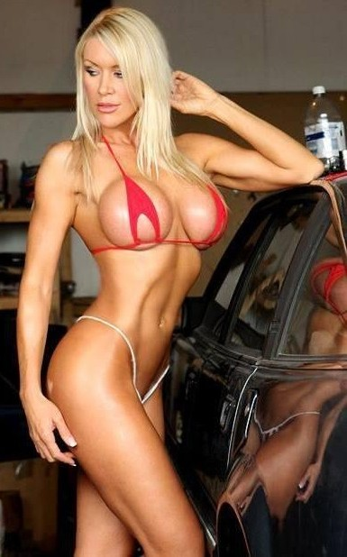 sexy_bimbo_bikini_048