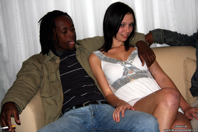 Sexy_Bimbo_Fuck_Toy_082