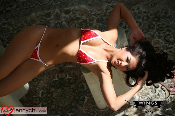 Hot_Jenny_Chu_In_Sexy_Dresses_086