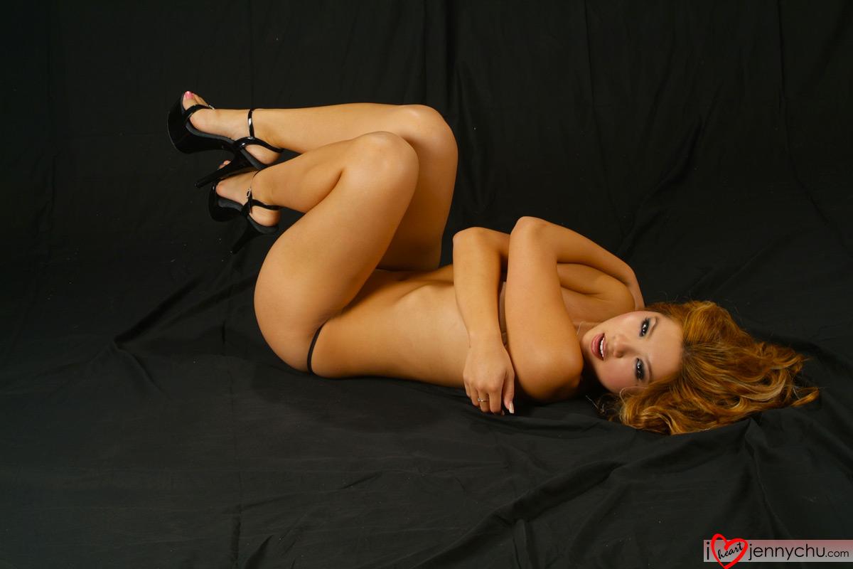 Hot_Jenny_Chu_In_Sexy_Dresses_112
