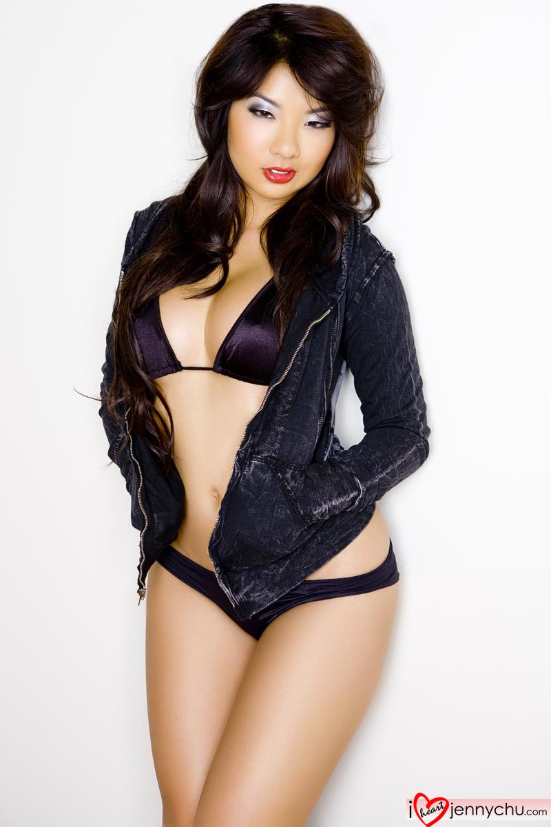 Hot_Jenny_Chu_In_Sexy_Dresses_161