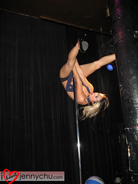 Jenny-chu-gogo-dancer-117