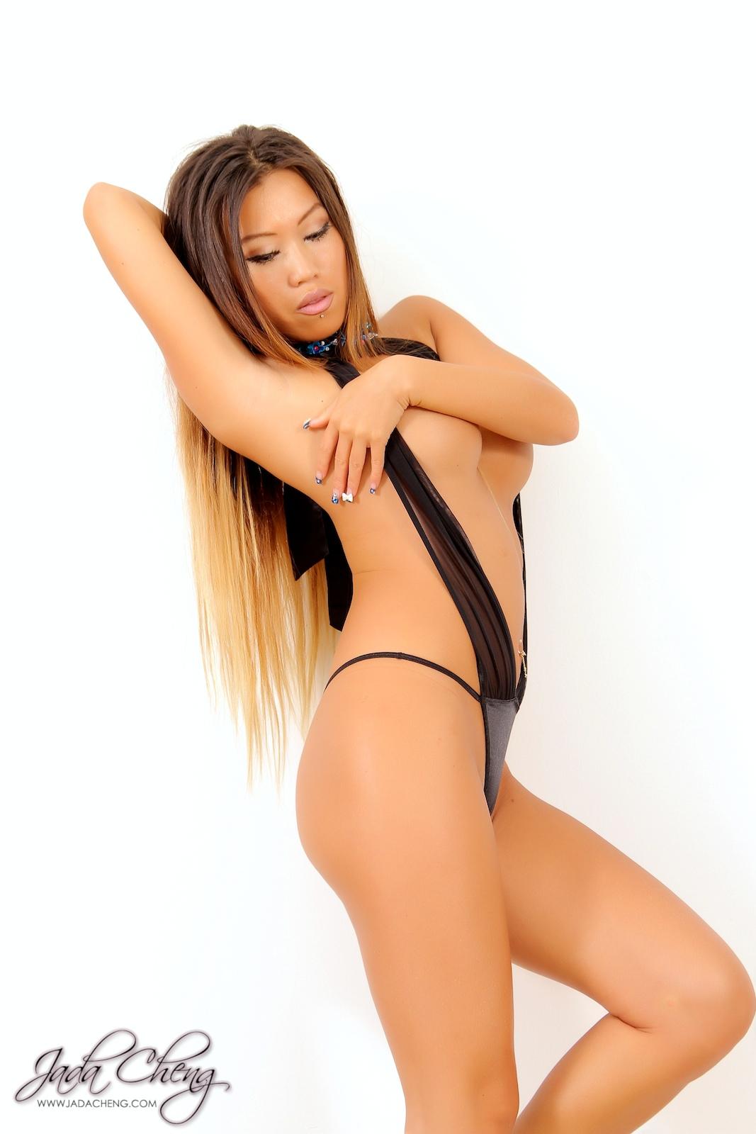 sexy-jada-cheng-155