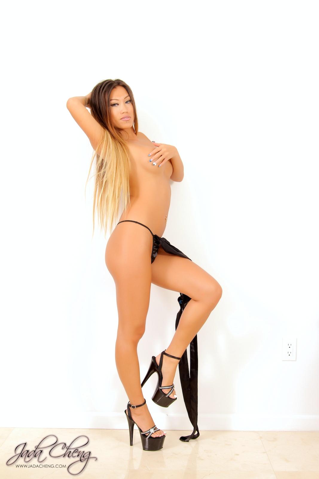 sexy-jada-cheng-162