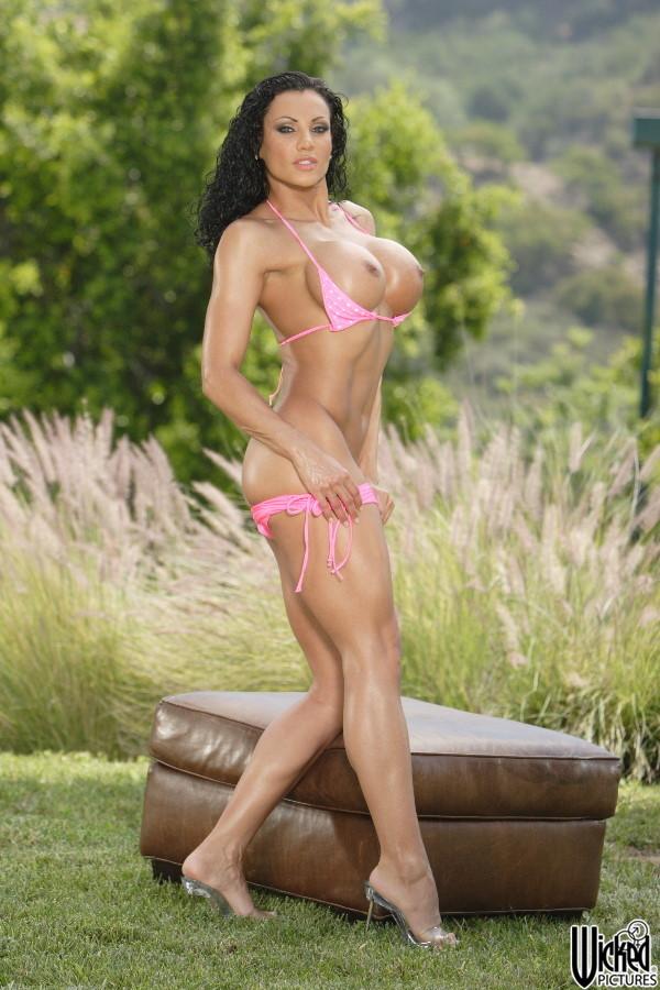 exotica_soto_pink_bikini_08